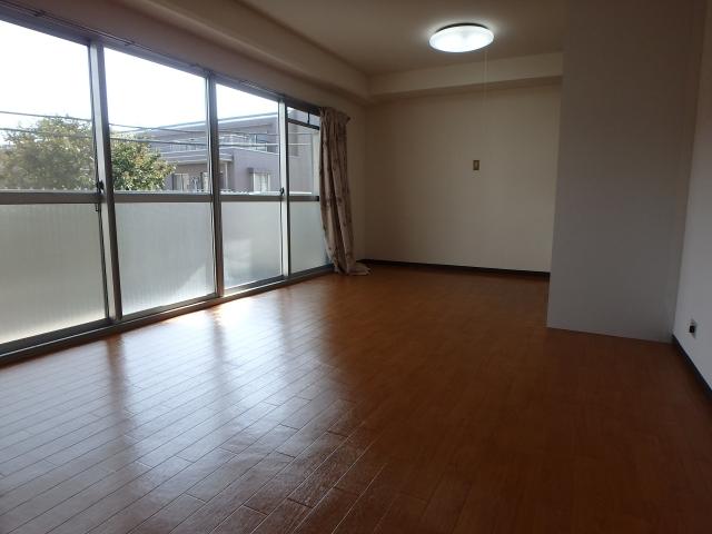二子玉川ロイヤルマンション301号室 (3)