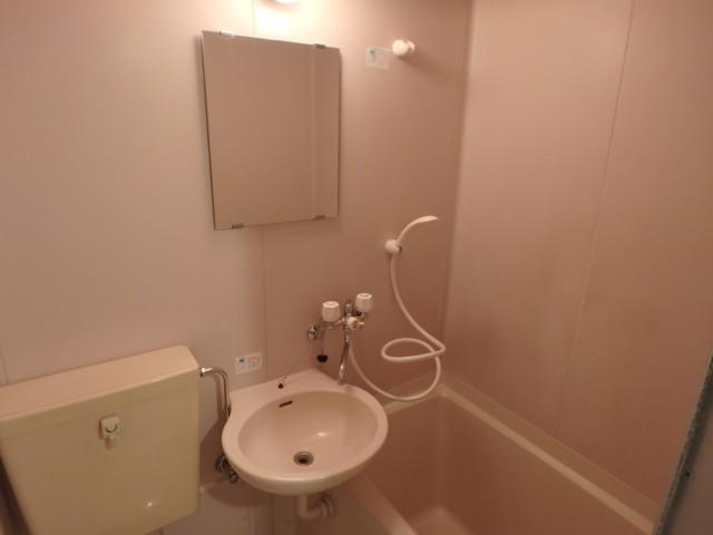 リバーサイド皐月 304 浴室